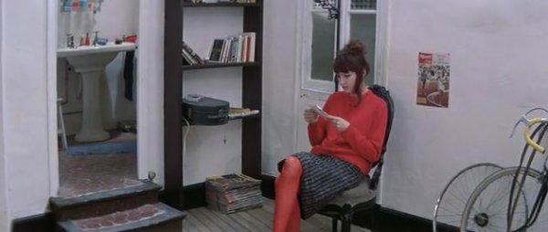 Женщина есть женщина - фильм (1961). Кадр из фильма