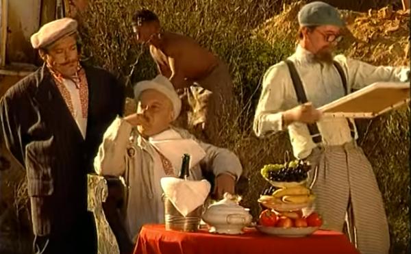 Маски в колхозе (Часть 1) - кадр из фильма