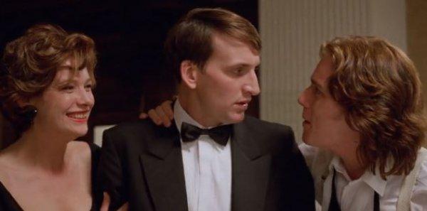 Неглубокая могила - фильм (1994). Кадр из фильма