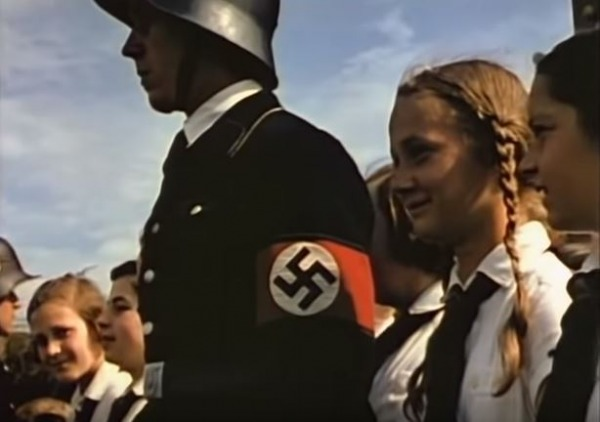 Вторая мировая война в цвете - кадр из фильма