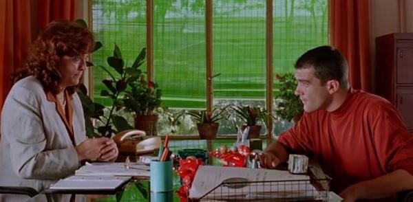 Свяжи меня! - фильм (1989). Кадр из фильма